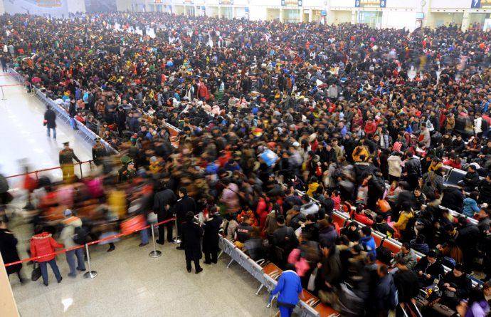 chinese new year queue italianvagabond