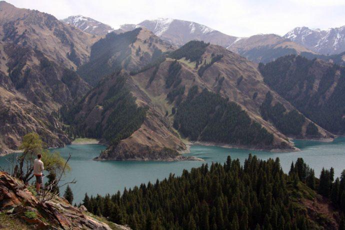 The Tianshan Mountain Range italianvagabond.com