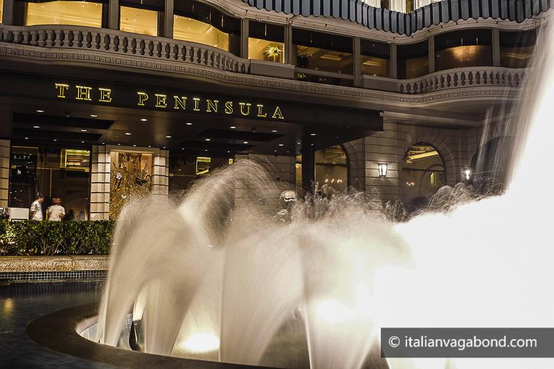 hong kong peninsula hotel promendade