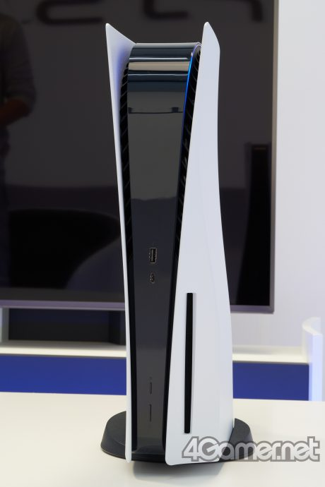 playstation-5-foto-reali-dal-vivo-zoom